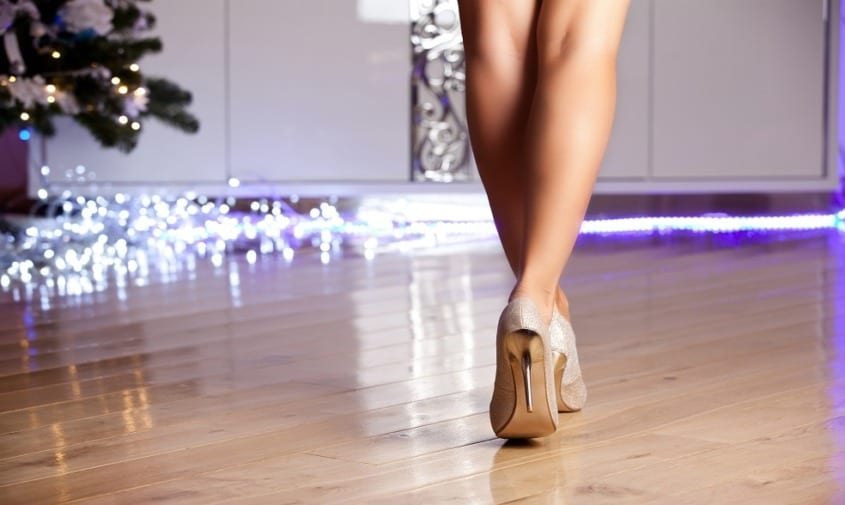 Women with healthy legs walking in heels
